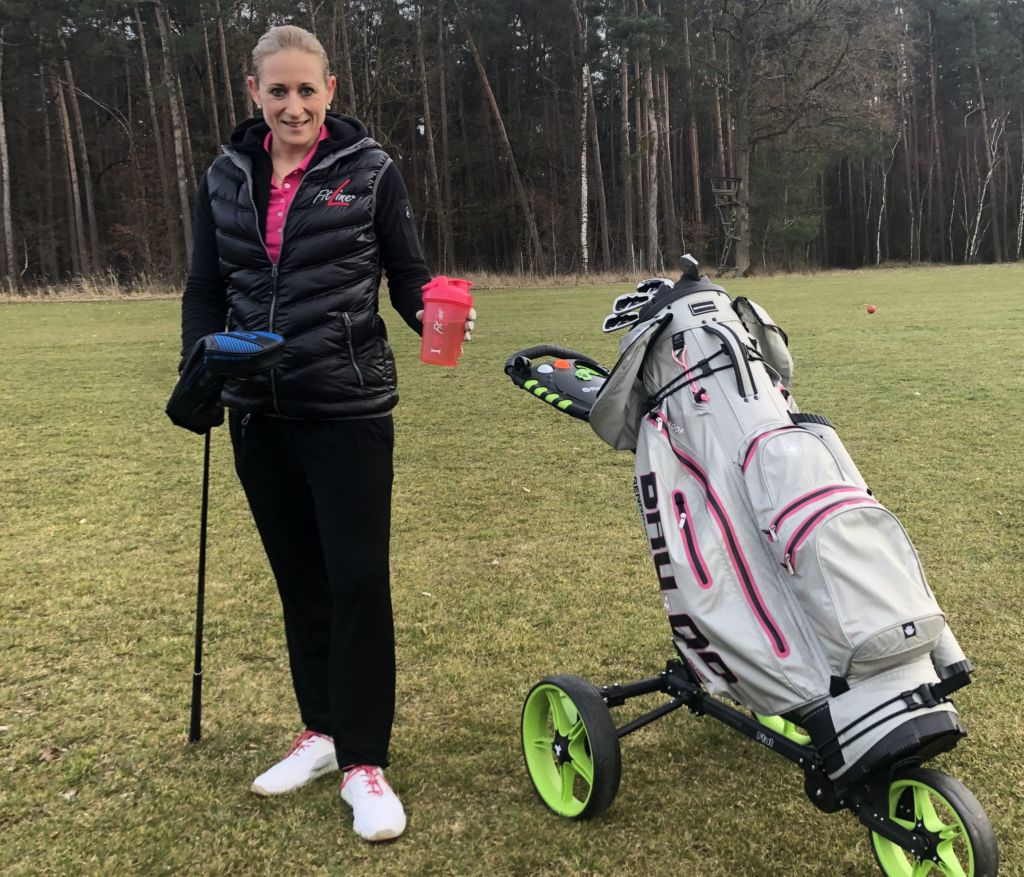 Julia Belch-Köbe Golferin mit Fitline